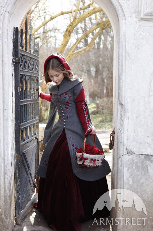 exclusive-woolen-coat-red-riding-hood-1